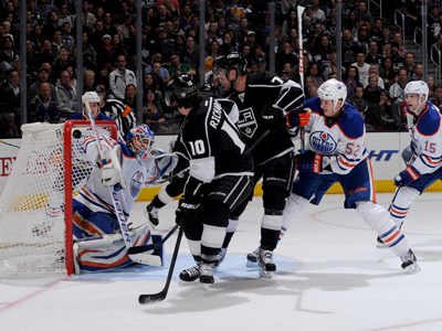 Kings Mike Richards is staying put