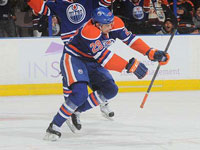 Draisaitl steals the show in Oilers win over Canes