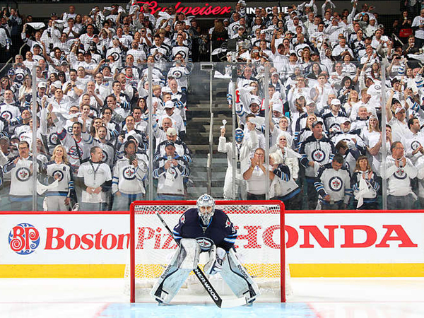 Winnipeg Whiteout, yet Jets wear blue?