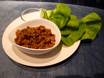 Super tasty, low-carb lettuce wraps