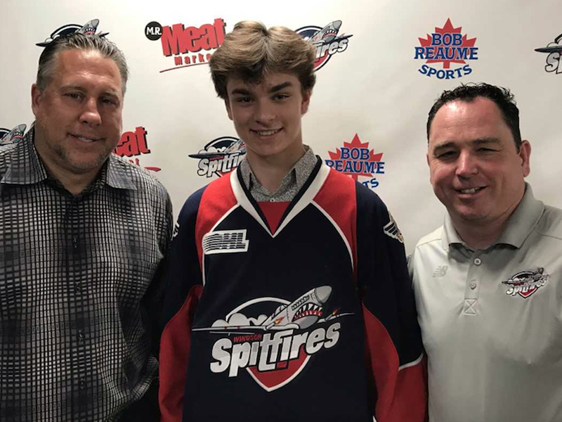 Wyatt Johnston commits to Spitfires