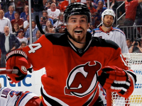 Devils re-sign Henrique to multi-year contract