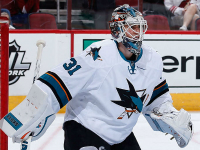 Sharks goalie Jones making most of shot at No. 1 job