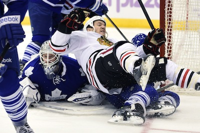Reimer carries the Leafs to a victory over the Blackhawks